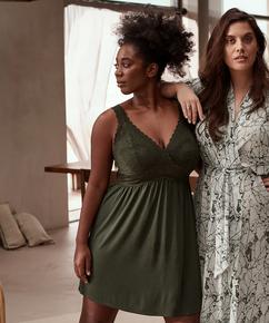 Nora Lace Reinier slip dress I AM Danielle, Green