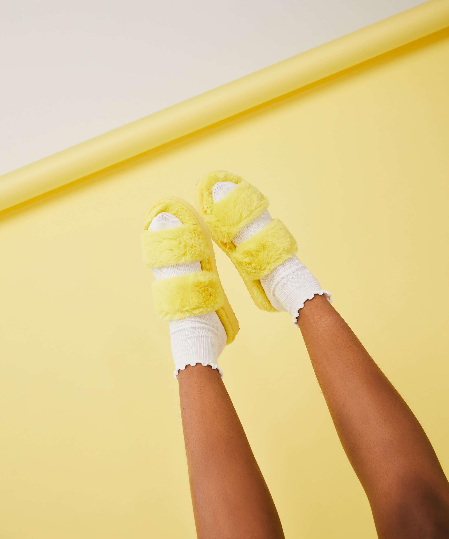 Snuggle Me Slippers, Yellow, main