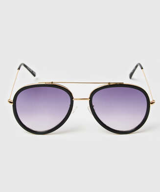 Aviator sunglasses, Black