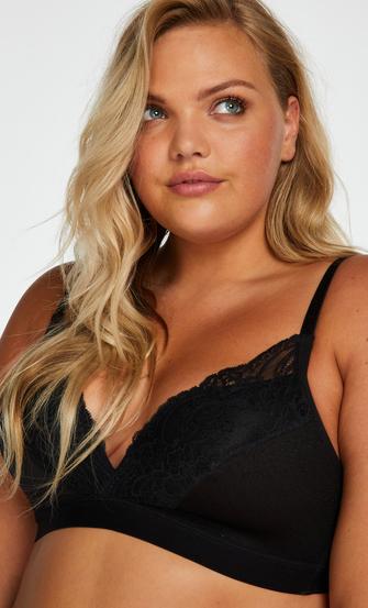 Sophie Padded Non-Underwired Bra, Black