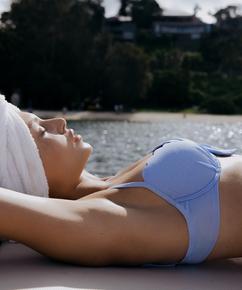 Padded underwired bikini top Scallop, Blue