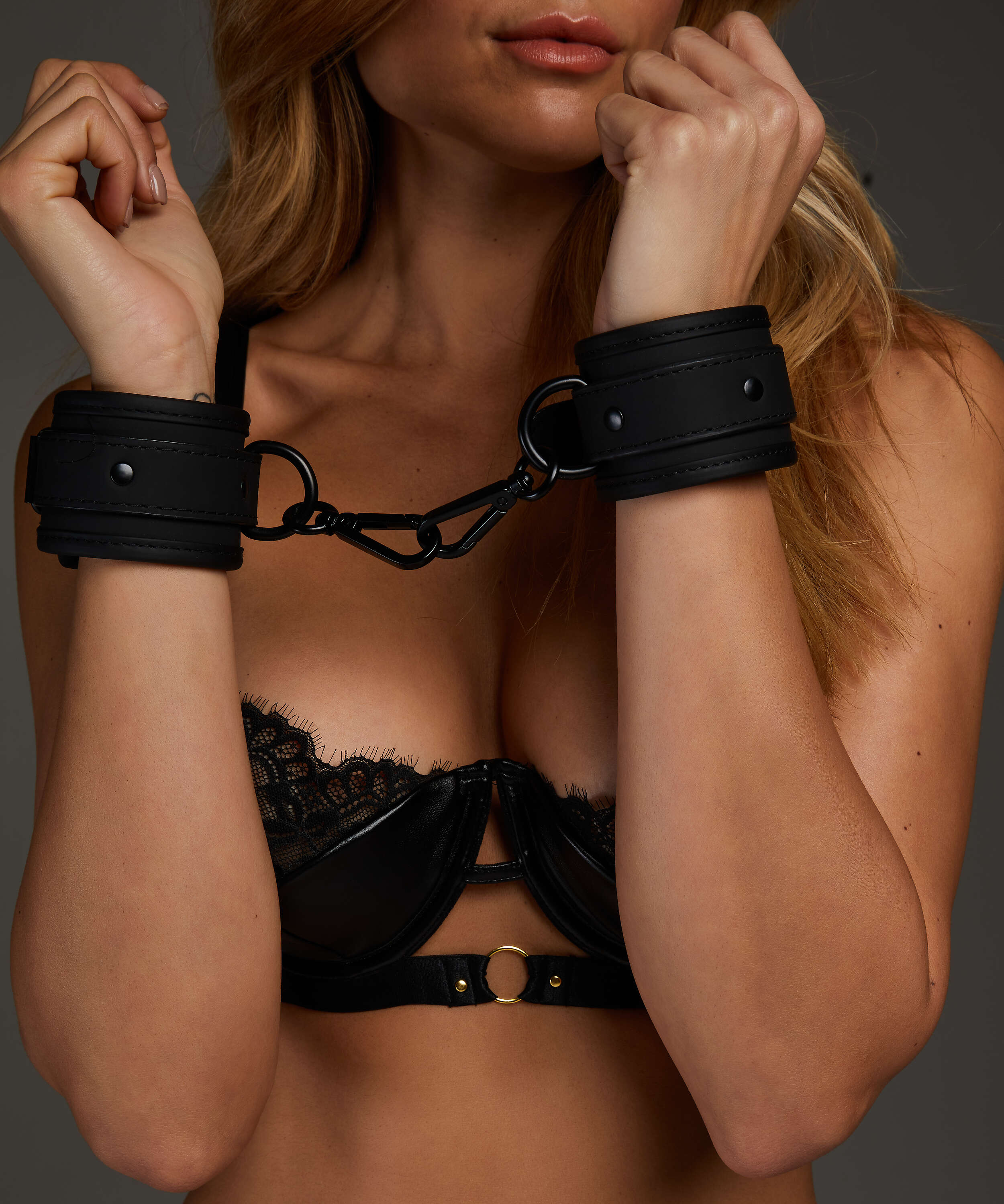 Private Handcuffs, Black, main